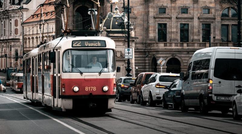 Verejná doprava v Prahe